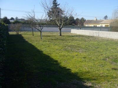 Terrain à bâtir de 770 m²