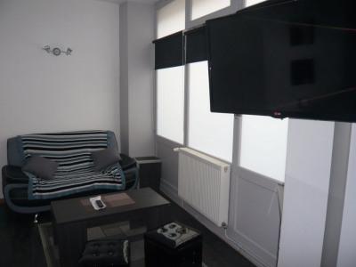 LAVAL, centre ville, appt T2 meublé de 37 m²