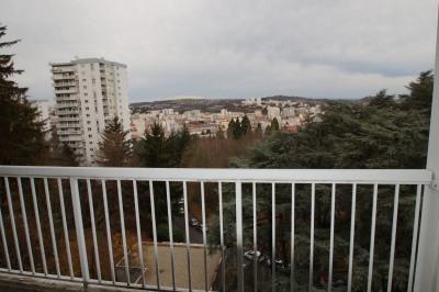 Appartement F3/ balcon/ garage