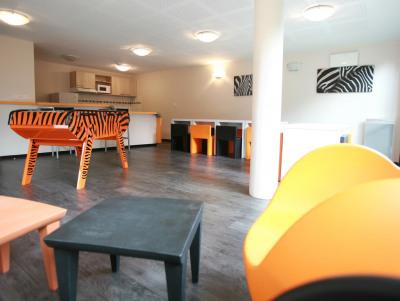 Location - Studio - 18 m2 - Aulnoy lez Valenciennes - Photo