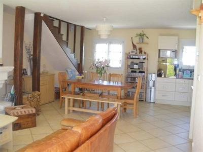 Vente maison / villa Seiches sur le loir 197 000€ - Photo 4