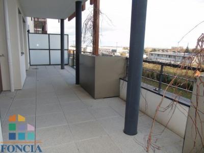 Location - Appartement 2 pièces - 58,92 m2 - Vénissieux - Photo