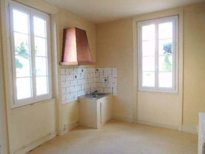 Maison 5 pièce (s), 120 m² - Centre Ville de Cognac (16100)
