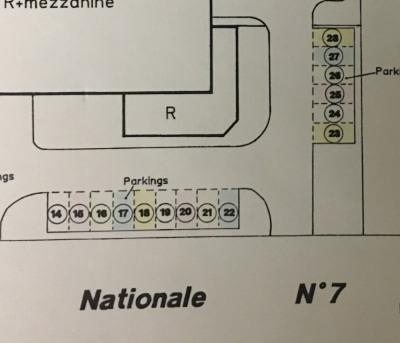 Location Boutique Boissise-le-Roi 0