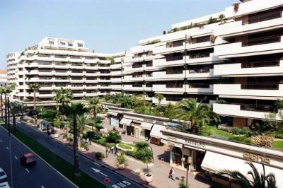 Cannes Gray d'Albion Vue Mer Cannes