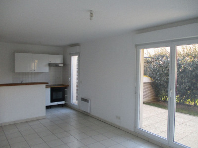 Appartement 3 pièce (s) avec jardin