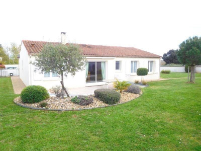 (detached) house 5 rooms Cognac