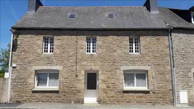 Stone-built property 6 rooms,  m² - Plouaret (22420)
