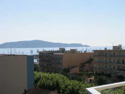 Appartement 1 chambre avec grande terrasse et vue mer