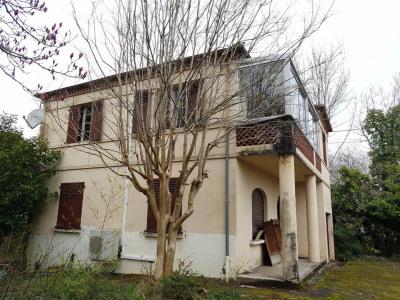 Salies de Béarn maison de caractère de 4 chambres, 1 salle d