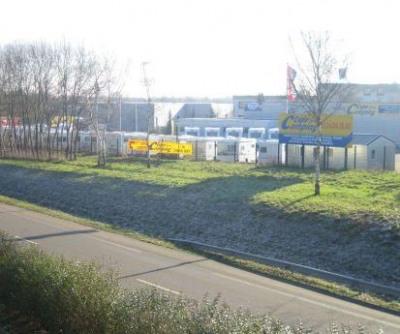 Location Local d'activités / Entrepôt Le Perray-en-Yvelines 0