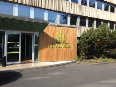 Location Bureau Neuville-en-Ferrain