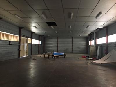 Location Local d'activités / Entrepôt Latresne
