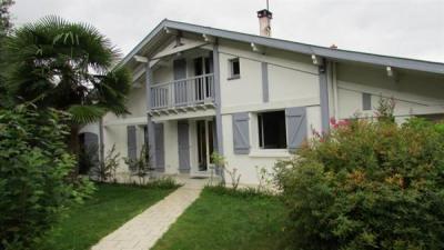 Maison Saint Vincent De Tyrosse 6 pièce (s) 170 m²