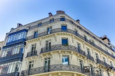 Location Bureau Paris 8ème