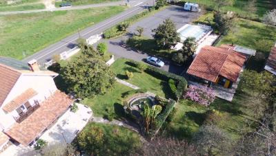Maison proche Mugron 7 pièce (s) 300 m²