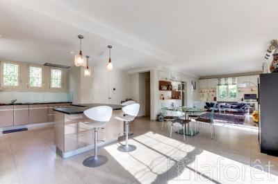 Villa Menton 4 pièce(s) 220 m2