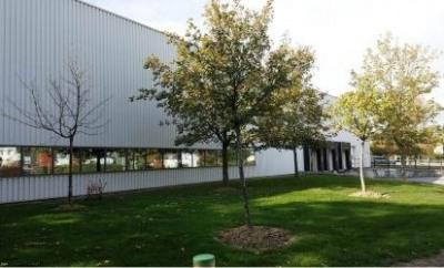 Location Local d'activités / Entrepôt Nozay