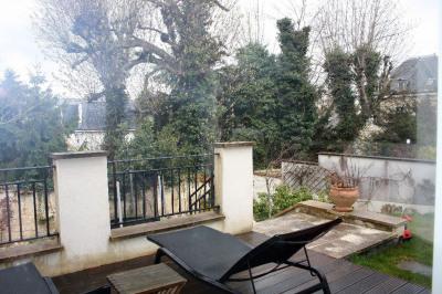 Maison Rueil Malmaison 150.91 m² loi Carrez 246 m² au sol