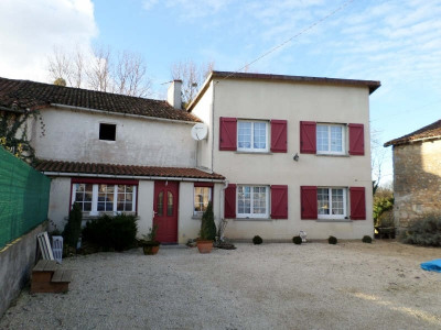 Maison de village lussac