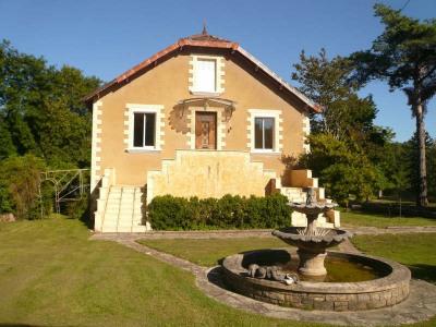 Maison bourgeoise St Front sur Lemance