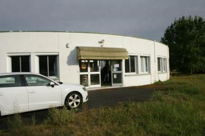Vente Local commercial Frontenay-Rohan-Rohan