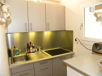 Location vacances appartement Bandol 370€ - Photo 3