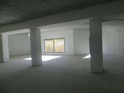 Locaux professionnels clermont ferrand - 200.00 m²