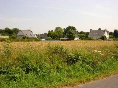 Terrain constructible, 1187 m² - Plouaret (22420)