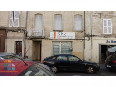 Location Local commercial Avignon