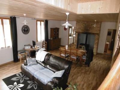 Maison 3 chambres cave garage dépendances sur 600m² de terrain