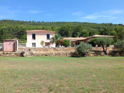 Villa in Salernes with Pool