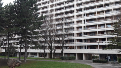 Local profession libérale 93 m² Villeurbanne Flachet Perralière