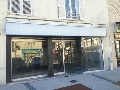 Location Local commercial Courville-sur-Eure