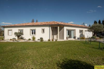 Villa moderne dans un environnement champêtre