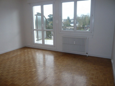 LAVAL, appartement T3