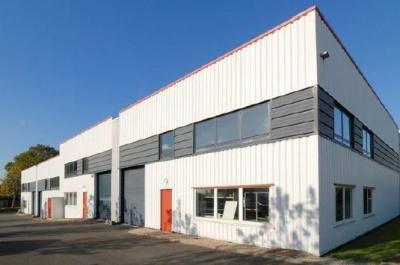 Location Local d'activités / Entrepôt Quincy-Voisins