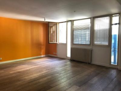 Grand 2 pièces de 89 m²