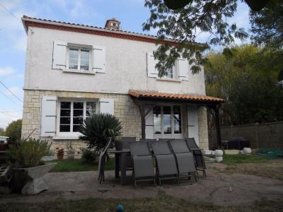 Maison 9 pièce (s) 176 m²
