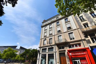 Appartement Lyon 2 pièces 60 m²