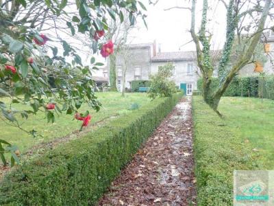 Montredon-Labessonié Maison de ville jardin et garage