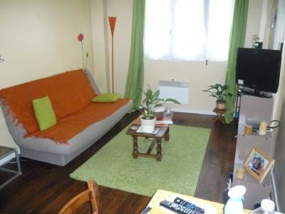 LAVAL Appartement T2 en duplex