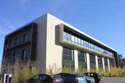 location bureau aix en provence 13090 13100 bureaux. Black Bedroom Furniture Sets. Home Design Ideas
