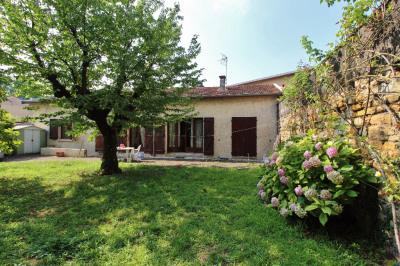Valmy centre: maison avec jardin