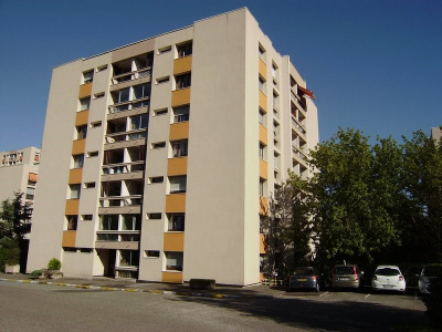 Type 5 avec grand balcon + Garage + Parking
