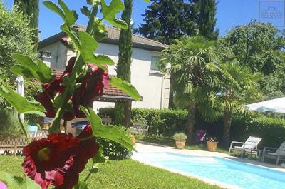 Maison COLLONGES AU MONT D'OR 5 Pièces 198 m²