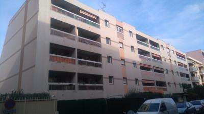 Appartement Saint Laurent Du Var 2 pièce (s) 42 m²