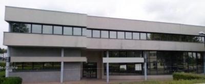 Location Local d'activités / Entrepôt Plaisir