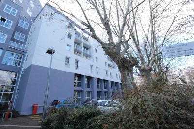 Grenoble Pompidou Studio 22m² parking privé
