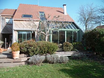 Maison Mouroux 6 pièce (s) 150m²